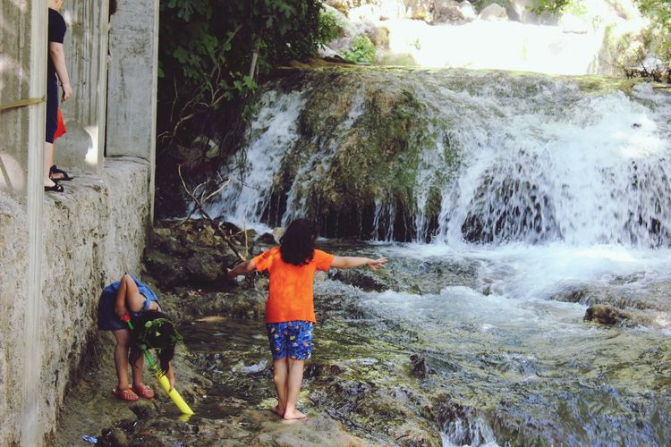 I love children 😍 Children Playing With Water
