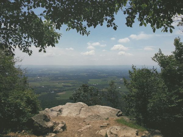 Flat Rock on Blue Mountain's summit. After several miles enveloped in a dense forest, a 180° degree view of the majestic Cumberland Valley. Colonel Denning State Park, Pennsylvania. Pennsylvania Summit Countryside Vscocam