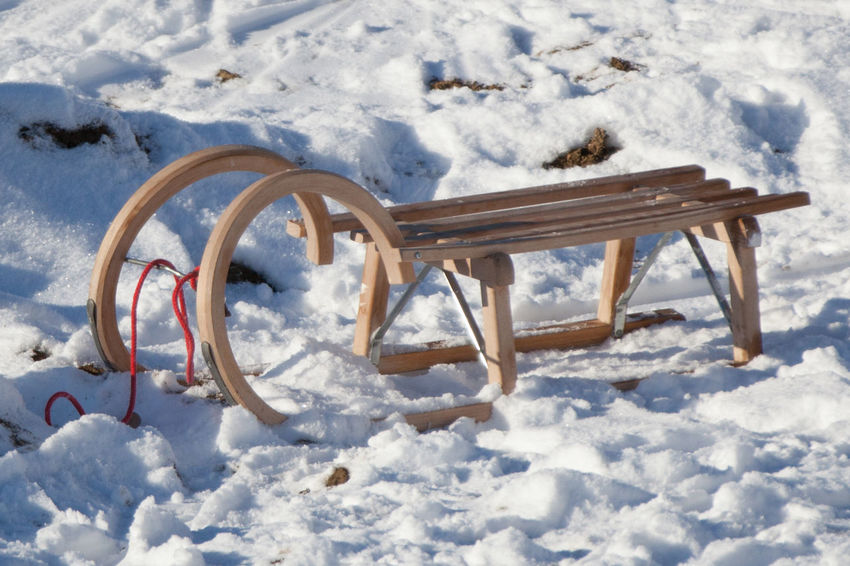 Beauty In Nature Carriage Cold Temperature Covering Extreme Weather Frozen Less Snow Nature Outdoors Sled Sledge Sleigh Snow Snowcapped Sunny White Color Winter Lieblingsteil