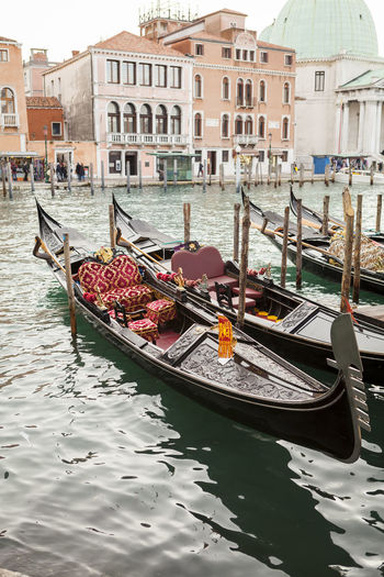 Gondola in venice in Italy Architecture Building Exterior Canal Cultures Day Gondola Gondola - Traditional Boat Gondole In Venice Gondolier Nautical Vessel Outdoors People Tourism Transportation Travel Travel Destinations Vacations Venezia Venice Venice, Italy Water