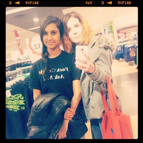 Mit Nischa In Karlsruhe shoppen