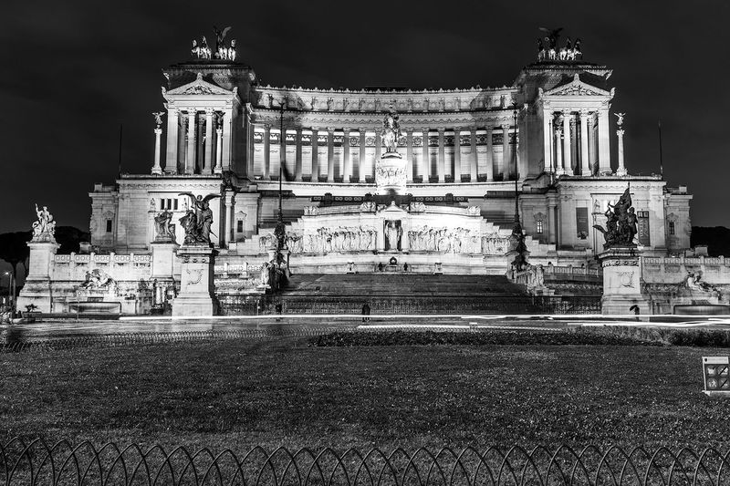 Architectural Column Architecture Arts Culture And Entertainment Building Exterior Built Structure City History Illuminated Night No People Outdoors Sculpture Sky Statue Travel Destinations