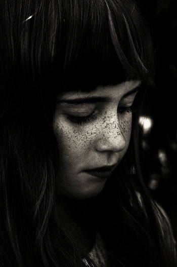 sadness Portrait Girl Close-up Sadness Emotions Mirrorless Details Dark Monochrome Monochromatic Noir Light And Shadow Darkness And Light EyeEm Gallery EyeEm Best Shots EyeEm Best Edits Faces Of EyeEm Eye4photography  Shootermag Lucky's Monochrome NEM Silence Feelings Sadgirl Memories Of You Photography