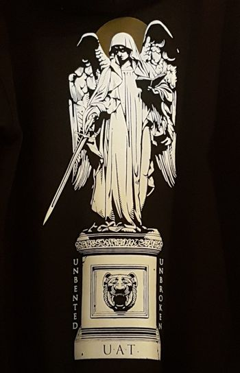 Blackandwhite T-shirt Madonna Faith Ready To Fight Screen Shirts Black Background King - Royal Person Royalty Palace Doges Palace Princess Pavilion Souvenir Gramophone Museum First Eyeem Photo