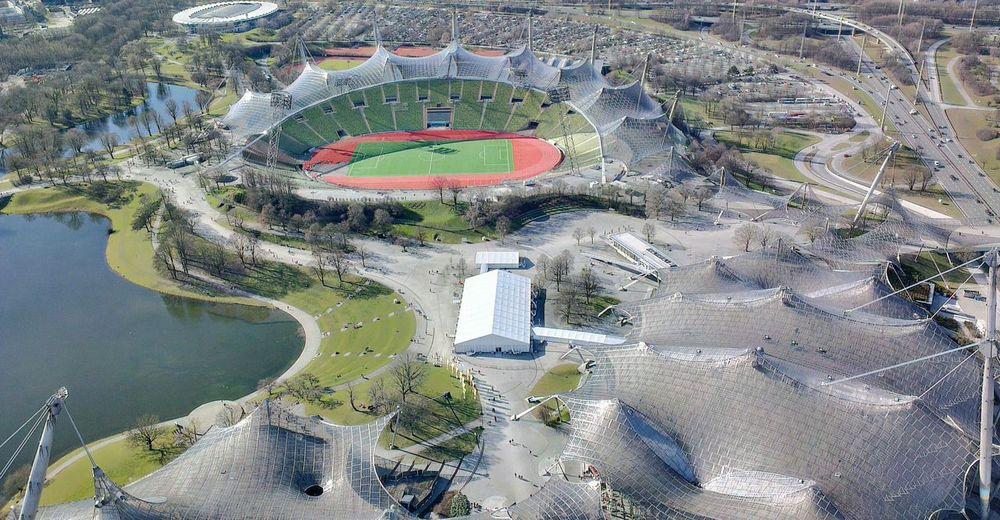 Aerial View Olympische Sommerspiele 1972 Olympiastadion München Olympiapark München Leichtathletik Stadion Athletics München Munich