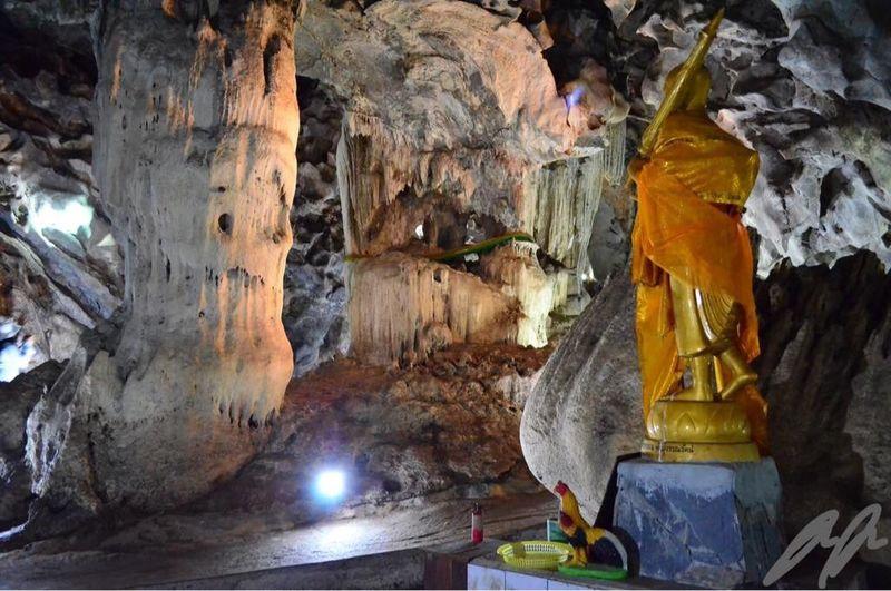 Adventure Club Water cave