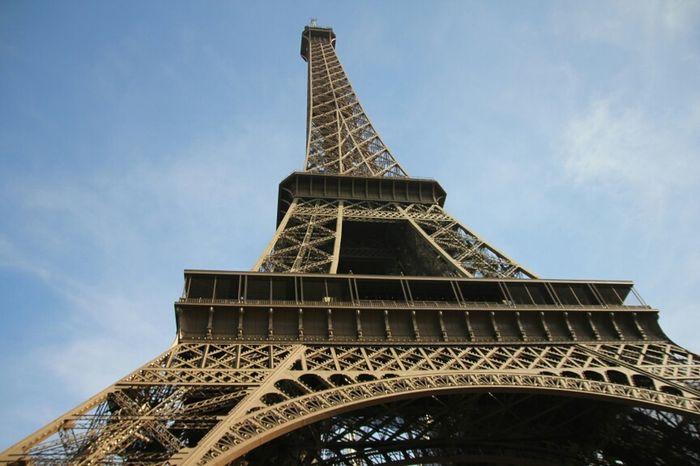 Hanging Out Architecture Paris France Tour Eiffel Eiffel Tower