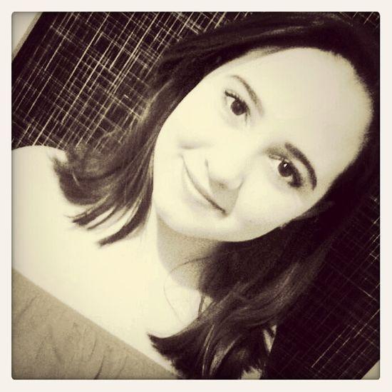 Eu sei, que a vida vai ser bonita e com o tempo eu volta a sorrir'