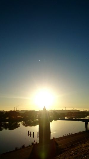 Good Morning World! Have A Nice Day! Sunrise River View Clear Autumn Sky Mobilephotography WatherPro: Your Perfect Wather Shot