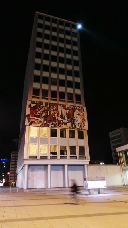 Haus Des Lehrers Alexanderplatz Berlin Bei Nacht Nigthpicture Nightphotography Nachtaufnahme