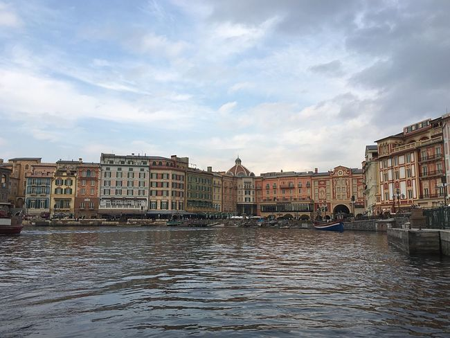 Japanese  Disney DisneySea DisneyWorld Italy Venezia Sky