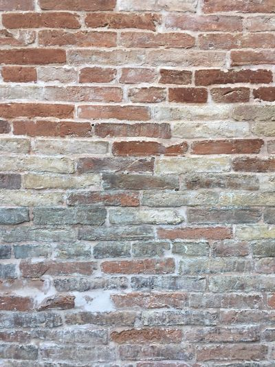 Backgrounds Brick Wall Textured  Wall - Building Feature Full Frame Built Structure Architecture Weathered Pattern No People Building Exterior Day Outdoors Close-up Pollutri