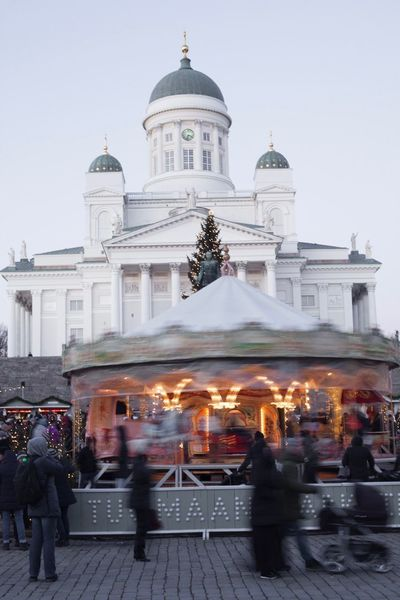 Nordic Countries Winter Holidays Helsinki Cathedral Tuomiokirkko Carousel Christmas Market Christmas Time Religion Place Of Worship Spirituality Architecture Dome Built Structure Building Exterior Large Group Of People Outdoors Travel Destinations Travel Real People People