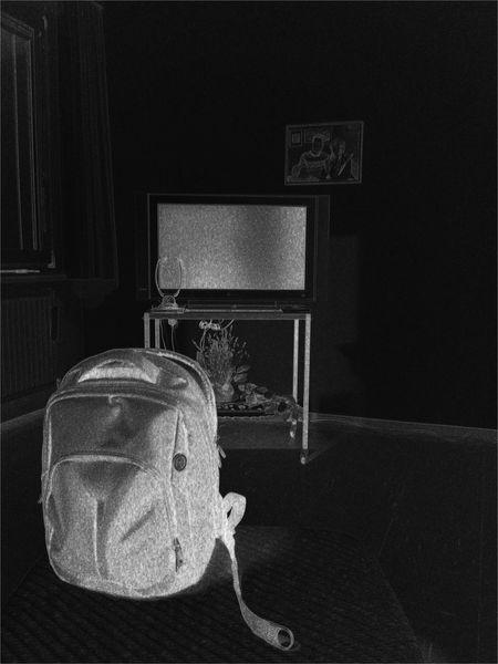 Ymo Yvan Moallic, le sac Rouge Sacre Coeur Vienna Light And Shadow Conceptual Ymoart Hello World Nachtfotografie Digital Drawing Innocence