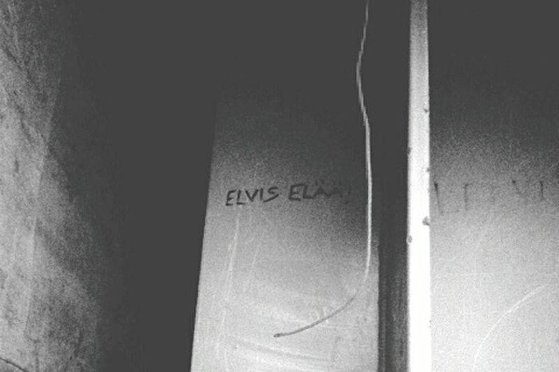 Taking Photos Graffiti Elvis Finland The Truth