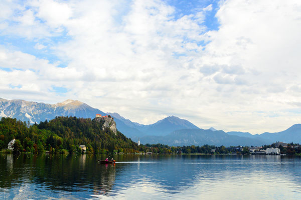 Mountain Cloud - Sky Sky Water Beauty In Nature Scenics - Nature Lake Mountain Range Waterfront Tranquil Scene Tranquility Day Nature Nautical Vessel Tree Transportation Plant Non-urban Scene Reflection Outdoors Mountain Peak