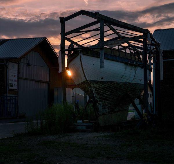 Caged. Sky Boat Sunset Sunset_collection Sun Noeveren Antwerp, Belgium Antwerp Antwerpen Belgium. Belgique. Belgie. Belgien. Etc. Belgique Belgium Clouds And Sky Dusk Boats Streetphotography Caged