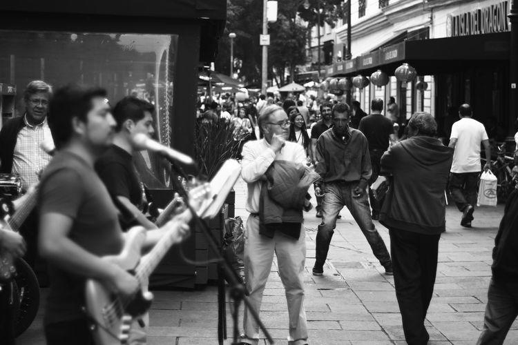Bailador Sin Filtros Nofilter Noedit Fotografia Streetphotography Photodocumentary Fotodocumental Fotodecalle Gentenormal Ciudad De México People Photography Personas Centro Historico City Lifestyles Person Focus On Foreground