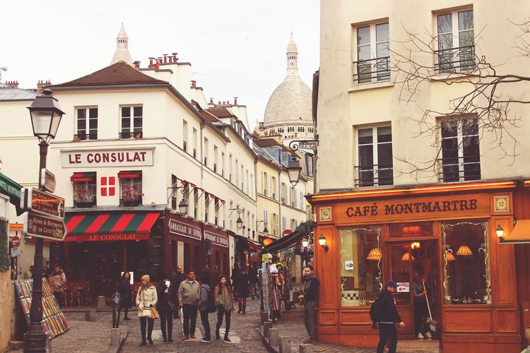 Travel Destinations Paris City Trip Paris Paris Paris, France  Paris Je T Aime Cafe French Cafe Coffee Time Montmartre Sacré Coeur, Paris France France Streets France🇫🇷 Francetourism Sacre Coeur Le Consulat Artists Visit Paris Warm Colours Warm Colours_collection