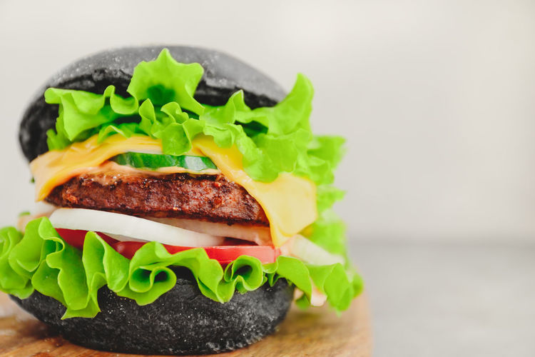 Black Bun Patty Beef Marble BIG White Table Copy Space Hamburger Burger Grilled Served Eat Food Meat Fast Sandwich Eating Menu Wooden Hungry Macro Photography Advertising Onion Meal CheeseBurger American Lettuce Closeup Tomato Cheese Hipster Vegetable Dinner Gourmet Snack Ready-to-eat Food And Drink Fast Food Freshness Healthy Eating Close-up Indoors  Still Life No People Studio Shot Focus On Foreground Serving Size Take Out Food Temptation