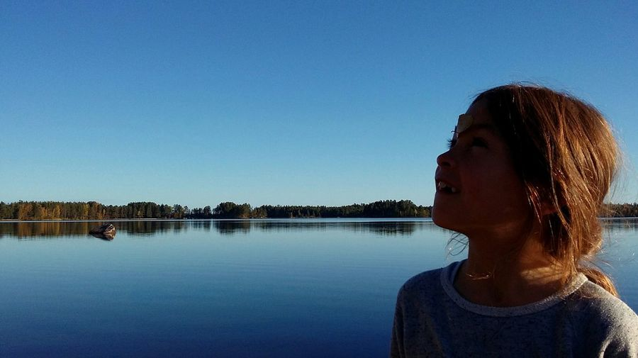 Dalarna Lake View EyeEm Nature Lover EyeEm Best Edits EyeEm Best Shots Eye4photography  People Kids Sun Light Light And Shadow Faces In Places