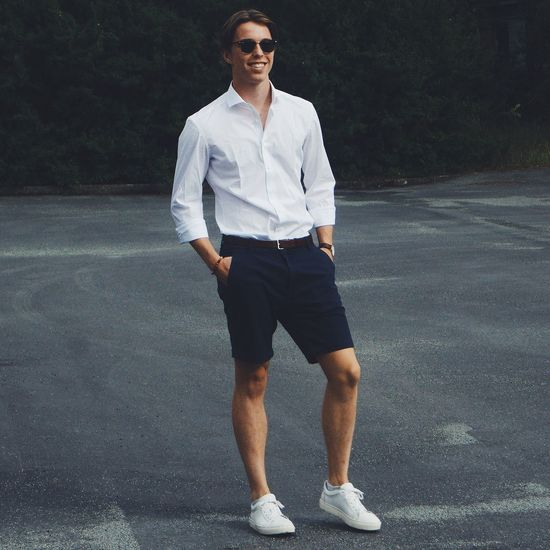 A picture of myself. Follow my instagram: @emilbormann Summer Happy Casual Smart White Shirt White Shoes Rayban Sunglasses