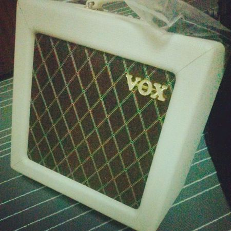 Just received this tube amp! Thanks to a bro and vox! Grace Voxamp Guitarist