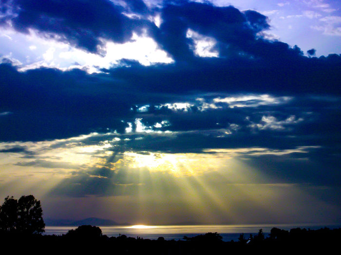 sun lays with bad weather Sunset With Clouds Sunset With A Sunset. Cloud And Sky Clouds And Sky Naturelovers Nature Photography Nature Beauty Naturephotography Bad Weather Nature Is Art Cloud And Sun Nature GREECE ♥♥ Tree Sunset Forest Mountain Astronomy Sunlight Multi Colored Blue Rural Scene Shadow