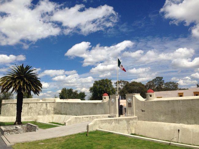 """Aquí se escribió una historia """"5 de Mayo"""" Historical Historical Monuments Fuerte De Loreto 5 De Mayo  History Urban Landscape Discover Your City City Clouds And Sky"""