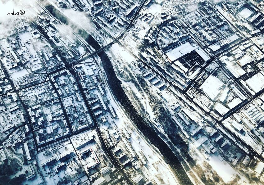 Winter Snow Winter EyeEm Best Shots Bestoftheday Architecture Built Structure Building Exterior City Full Frame Cityscape Backgrounds No People Outdoors