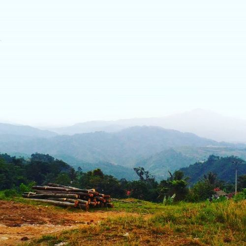 """God gives a Wonderful view I should be grateful For,and should be my case.""""allahu akbar"""" Tapfordetails Tapfor200follows Tap2x Lovemountains INDONESIA L4l Weekend Hangout"""