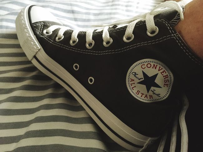Converse Converse All Star Converse⭐ Shoe Shoes ♥ Shoes Chuck Chucks My Shoes Schuhe  Check This Out Hanging Out Hello World Relaxing Cheese! Hi! Taking Photos Enjoying Life EyeEm Best Edits Shoeselfie Shoes Of The Day Feet Converse ❤ MyShoes Eyeemshoes