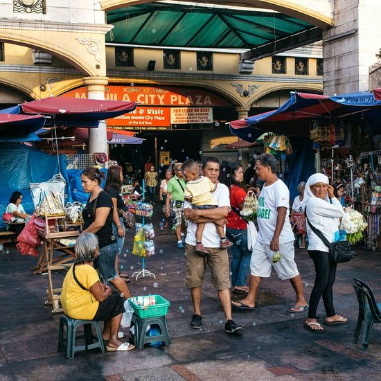 Quiapo, Manila, PH | 2016 Streets In Color People EyeEmBestPics Eye4photography  EyeEm Best Edits EyeEm Best Shots The Photojournalist - 2016 EyeEm Awards The Street Photographer - 2016 EyeEm Awards Eyeem Philippines Street Photography Streetphotography Daily Life Streetphoto People And Places