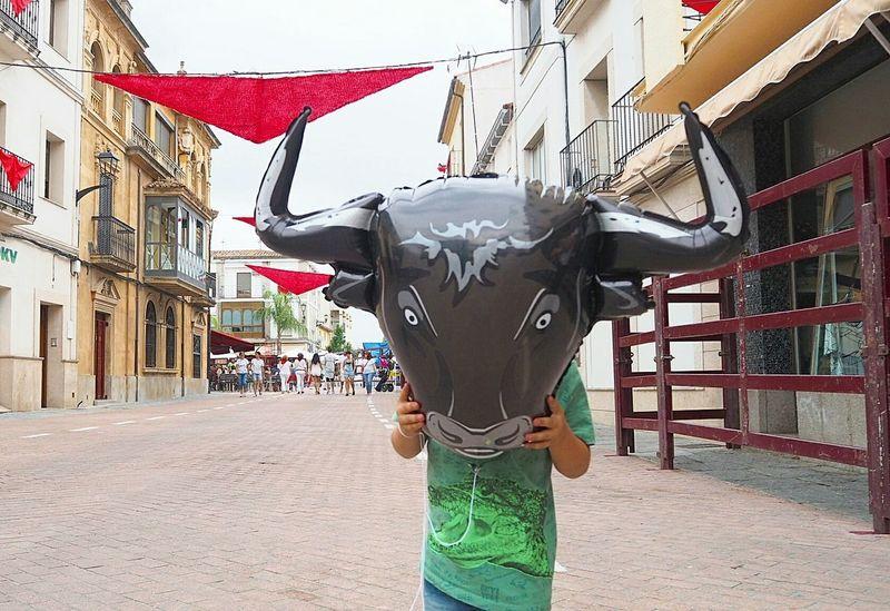 Children Bull Globo Niño Enfants Heureux First Eyeem Photo Taureau Taurus ♉ TYR Visual Creativity