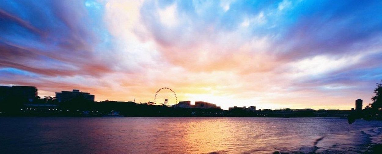 """""""On the banks of the river, a gorgeous place Brisbane is...."""" Perfect Weather Brisbane City"""