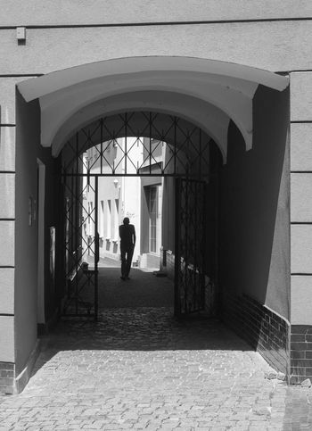 Architecture Arch Built Structure Standing Full Length Building Exterior Day Arched Paving Stone Archway Historic Silhouette Silhouettes Silhoutte Photography Blackandwhite Black & White Blackandwhite Photography Schwarzweiß Schwarz & Weiß People And Places