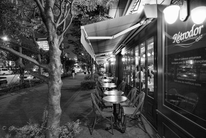 Blackandwhite Furniture Night Out Bars And Restaurants