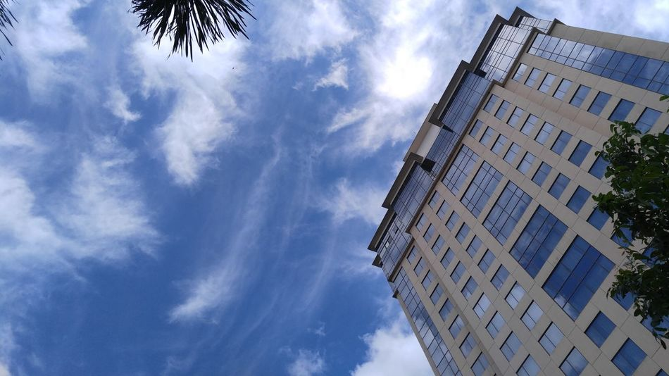 above...whites and blues Mobile Photography Buildings & Sky Sky And Clouds City Life Eyeem Philippines LGV10 Taking Photos The Purist (no Edit, No Filter) Kokopaps
