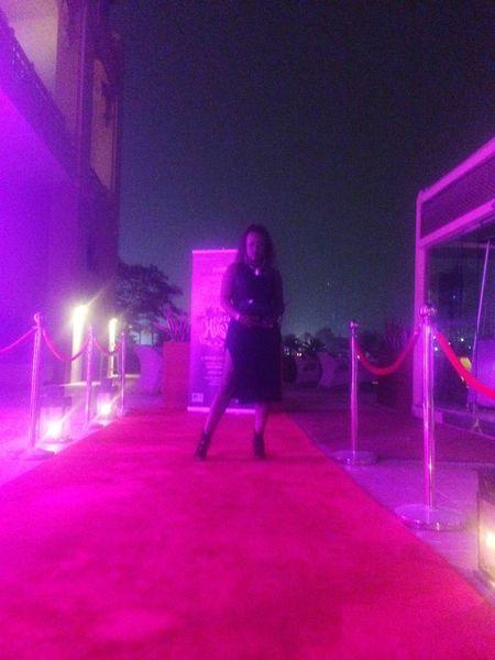 Redcarpet Red Carpet Grandhyatt Mini Bar Attack Qatar Doha All Black Everything Doha#City#❤ Black Is Beautiful Me Posing