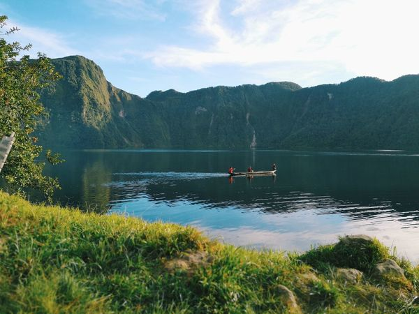 I need to be enclosed by nature. Lakeholonphilippines Lakeholon Lakescape Collection Lake View Lakeside Lakeshore Water Tree Mountain Paddleboarding Oar Adventure Lake Kayak Forest Women Paddling Canoe Rowboat Freshwater Boathouse Diving Platform Inflatable Raft Rafting