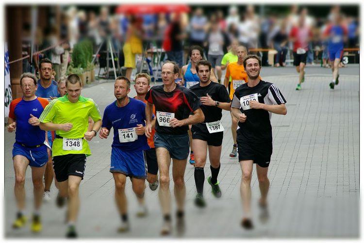 laufen für einen guten Zweck Run For Help Stadtfest EyeEm Best Shots - The Streets EyeEm Deutschland Details Of My Life Streamzoofamily