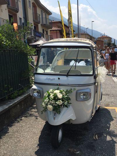 Wedding Car Italy Flowers