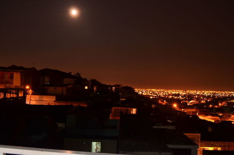 CALI COLOMBIA EyeEmNewHere Moon Over City City Cityscape Moon Night Night Sky Mobility In Mega Cities
