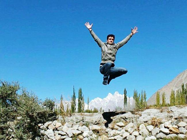 Landscape_photography Hunza Peaks Jumpshot Jump Pictureoftheday Mountain View Khyber Beauty Of Pakistan Sunny Day