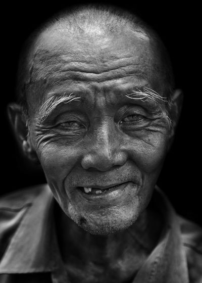... Portrait Portraiture Portrait Photography EyeEm Bnw EyeEm Portraits EyeEm Masterclass EyeEm Best Shots EyeEm Best Shots - Black + White EyeEm Best Shots - People + Portrait Humaninterest Blanco Y Negro Black And White Portrait Monochrome Monochromatic Blackandwhite Photography Black & White Black And White Black&white Blackandwhite Black And White Photography Blancoynegro Black And White Collection  Lighting Light Captured Moment