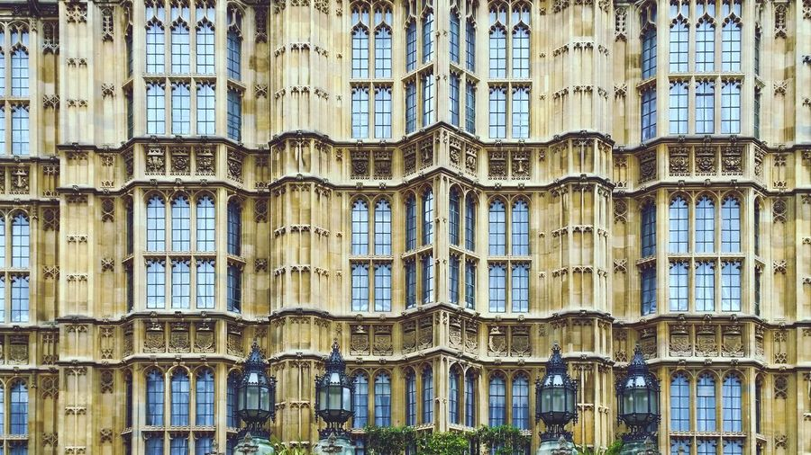 Full Frame Shot Of Palace Of Westminster Windows