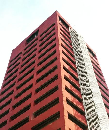 Minimalist Architecture Architecture Building Exterior Sky Tower Office Building Exterior Arquitectura Red Minimalist Torre Edificio Skyscraper Built Structure Low Angle View Modern City Outdoors No People Day Business Finance And Industry Mexico Df Cdmx