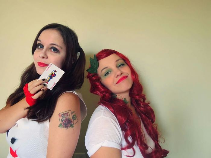 Poison Ivy Harley Quinn Nikki G Cosplay Check This Out Taking Photos Hanging Out Photography Girls Batman