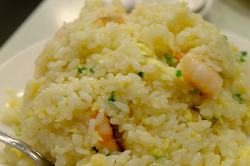 海老炒飯 Close Up Close-up Food Food And Drink Foodphotography Foodporn Fried Rice Fujifilm Fujifilm X-E2 Fujifilm_xseries Prawn Shrimp Table Taipei Taiwan エビチャーハン 台北 台湾 炒飯 蝦炒飯 金品茶樓