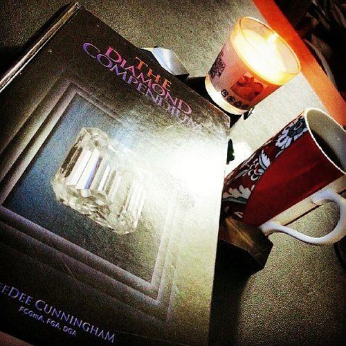 Aksam cayi Akşam okumasi📖 Evening reading ❤çay Kitap Book Bookaddiction Books Diamond Diamondcompendium Kitapkurdu Tea Teaaddiction Instagram_turkey Turkinstagram Daily Today